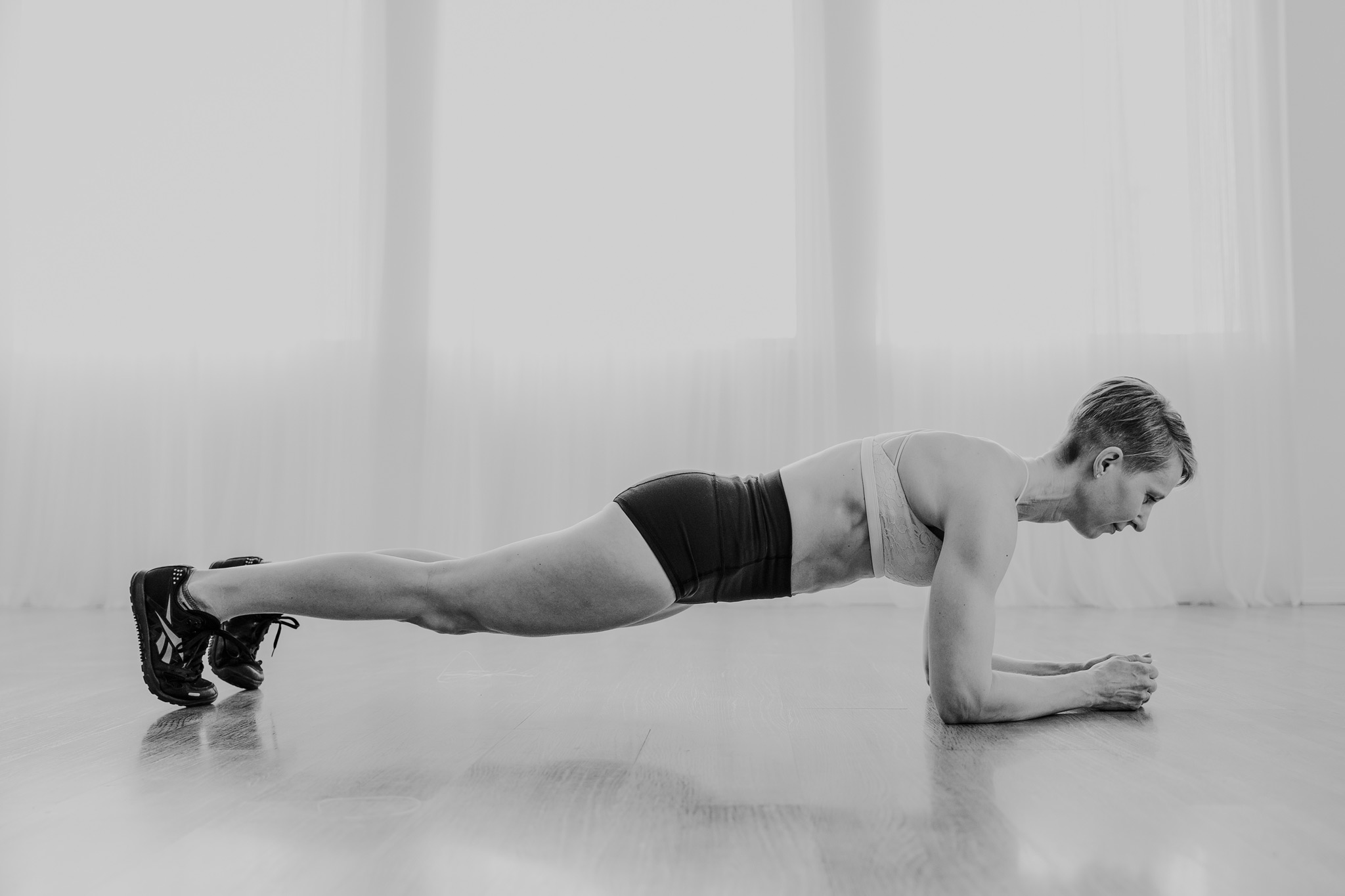 woman working out plank