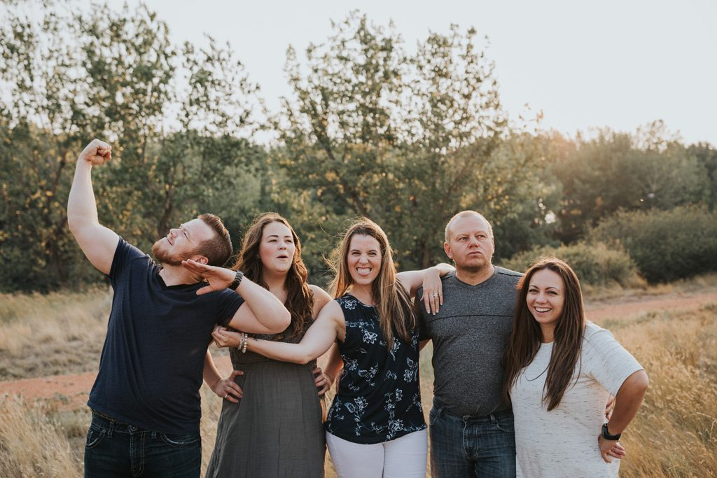 parents and adult children family photo funny