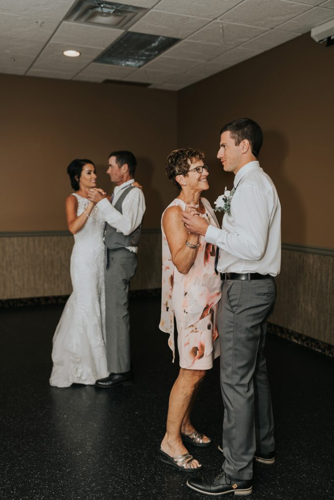 mother son dance with father daughter dance wedding reception
