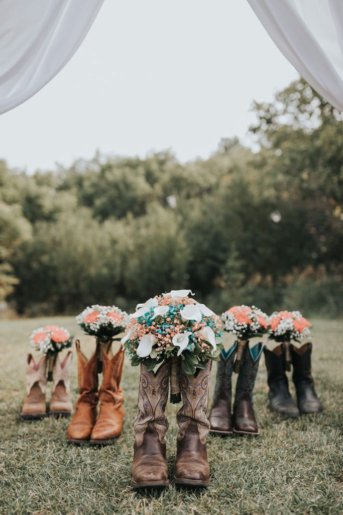 bridal party cowgirl boots with bouquets