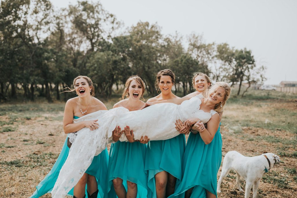 bridesmaids pick up bride fail photo funny
