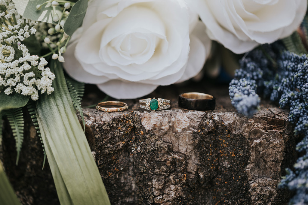 wedding rings bands with bridal bouquet